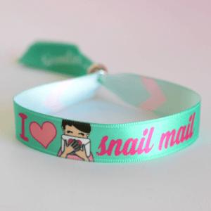 pulsera snail mail